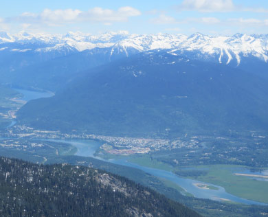 Mount Begbie Helicopter Tour