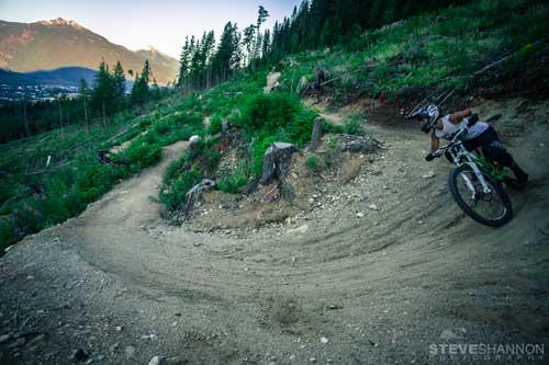 Revelstoke Downhill Shuttle Tour