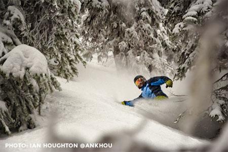 Day Heli Skiing - 5 Run Adventurer