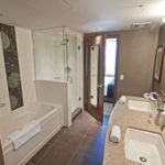 The-Sutton-Place-Hotel-Revelstoke-Bathroom