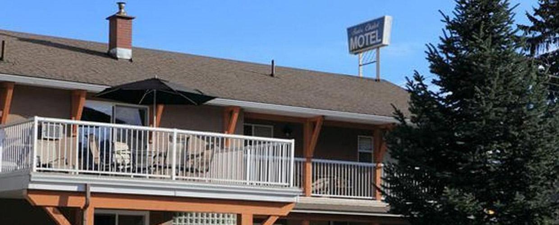 Swiss Chalet Motel Revelstoke