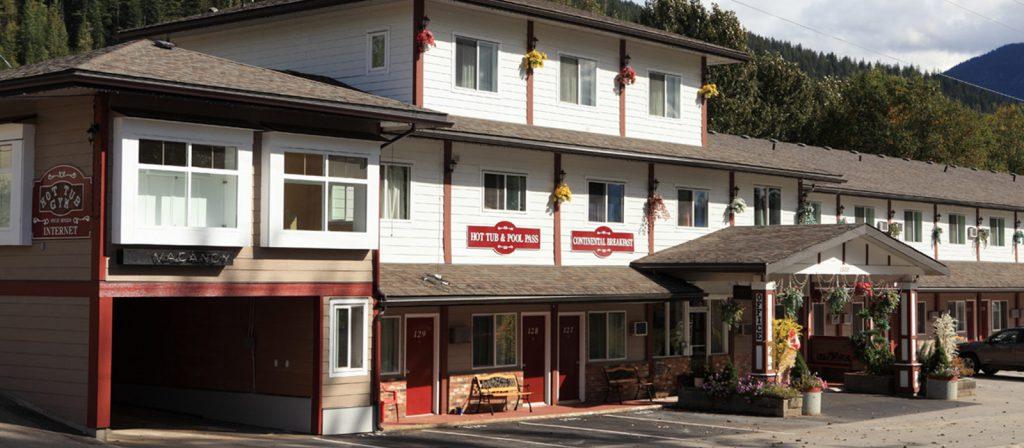 Revelstoke Gateway Inn